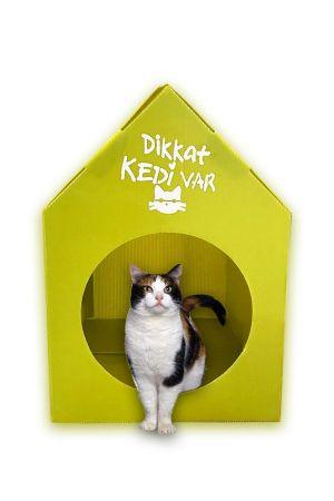 Plastik Kedi Evi - Sarı